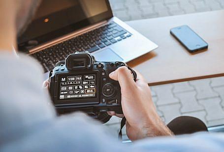 Jak rozliczać się w branży fotograficznej?